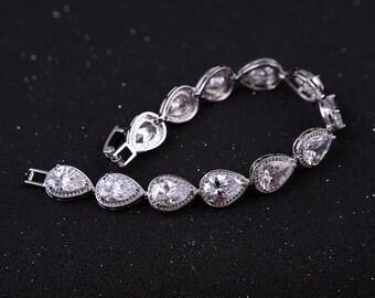 Silver bridal bracelet Crystal Wedding Bracelet CZ bridal bracelet Cubic Zirconia Bracelet Crystal Bracelet Swarovski Rhinestone Bracelet
