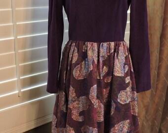 New Listing** - Vintage Maxi Dress Size M Purple Long Sleeve Paisley Velvet Polyester 1970s