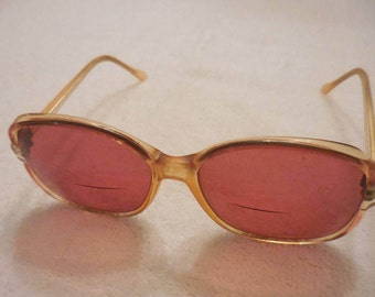SUN GLASSES, SHADES, Eye ware, Prescription lenses, Prescription Glasses, Plastic frames, Vintage 1970's