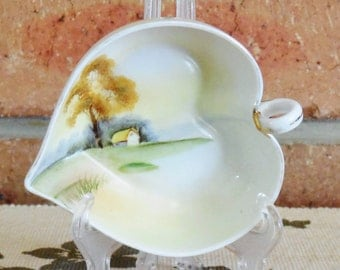 Noritake 1908 Japanese porcelain heart leaf shape small nuts or sweets serving dish cottage scene