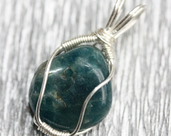 Apatite - silver wire wrapped pendant