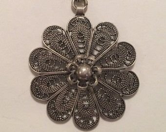 Antique Sterling Silver 925 Filigree Flower Pendant Necklace, Patina Present, Charming Floral Design