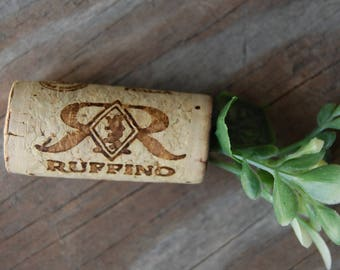 Botanical Wine Cork Magnet Sweetgrass Greenery with Leaves on Ruffino Wine Cork