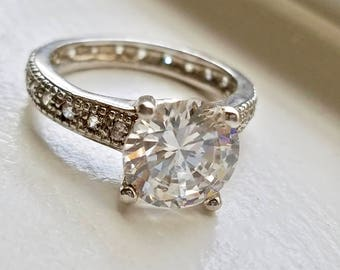 On Sale Solitaire Ring, Vintage CZ Ring, Beautiful Ring For Her, Faux Diamond Silver band - Big Stone Ring