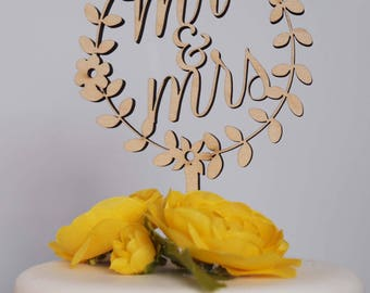 mr & mrs floral wreath cake topper