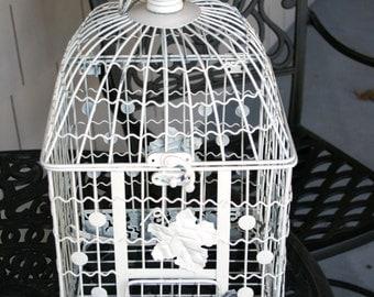 White Metal Bird Cage//Shabby Chic Decor//Floral Motif//Vintage Bird Cage