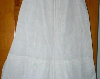 Vintage 1920s Women's Under Slip - Fine Linen and Lace Half Slip - White Lingerie