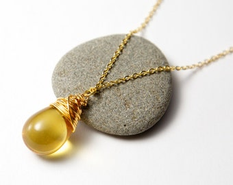 Yellow teardrop necklace, gold wire wrapped. Amber Teardrop Necklace. Yellow glass necklace. Gold wire wrapped necklace. Glass necklace.