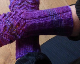 Arty Crafting's hand knitted wristwarmer