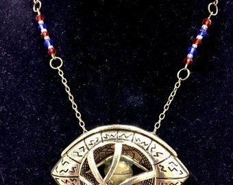 Eye of Agamotto Necklace - Doctor Strange - Geeky Jewelry - Geeky Necklace - Red - Blue - Crystal - Gift for Her - Movies - Marvel