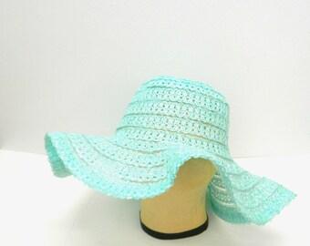 Vintage 1970s Baby Blue Plastic Straw Wide Brim Sun Hat...Floppy Brim...Light Weight Beach Hat...Tiffany Blue...Round Hat Taiwan