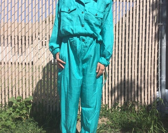 Vintage deadstock new with tags Dreams green / teal windbreaker jumpsuit, one size