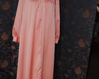 Negligee/bathrobe of the Gemma 1960 /T/ 42 mark