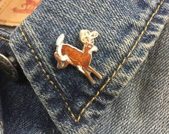 Vintage deer buck enamel lapel pin (stock# 383)