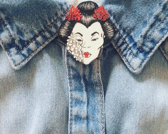 Geisha Pin