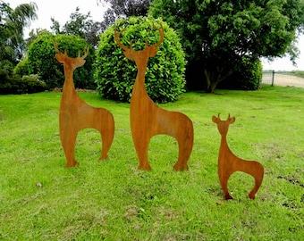 Rusty Metal Deer Sculpture / Contemporary Deer Garden Art / Rusty Metal Deer Statue / Stag Garden Centrepiece / Large Garden Decor