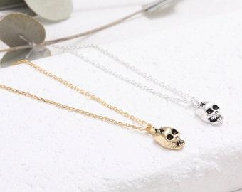 Small Skull Pendant Necklace