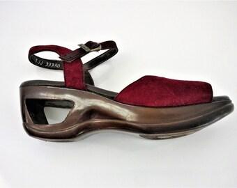 Vintage Yo Yos Platform Cut-Out Heel Burgundy Suede by Fanfares with Original Box- Size 5 1/2