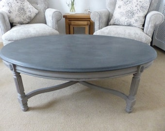 Large Oval Coffee Table// Table// Home Sweet Home// Furniture// The Little House of Vintage