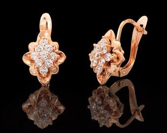 14k Yellow Gold CZ Diamonds Earrings, Flower Earring, Vintage Earrings, Cubic Zirconia Diamonds