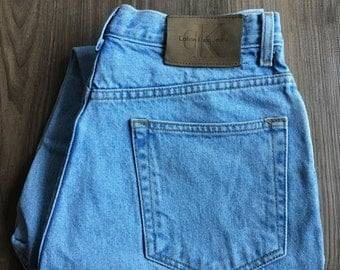 Vintage Calvin Klein Light-Wash High Waist Jeans // Size 30