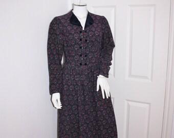 Vintage Laura Ashley corduroy dress, needle cord dress, cord dress, velvet trimmed dress, 1980's Laura Ashley long sleeved dress