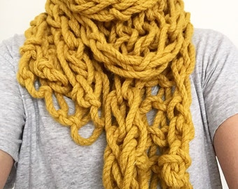 Chunky arm knitted scarf