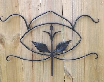 Wrought iron wall decor/ Metal yard art/ metal wall hanging/ Metal home decor/Metal flower/Wrought iron flower/Home decor/