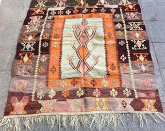 Small Kilim Rug, Traditional Turkish Vintage Kilim Rug