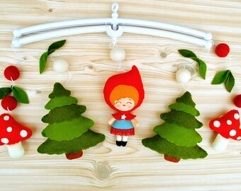 Woodland baby mobile Red riding hood mobile Forest mobile Crib Cot mobile Hanging mobile Nursery decor Fairytale baby shower 100% wool felt