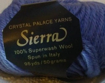 Sierra 100% Worsted Wool Yarn (Lot 29)