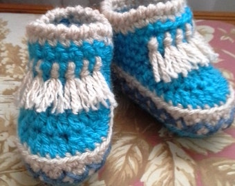 Crocheted Baby Booties baby shoes modern / Baby moccasins (6-12 months old)