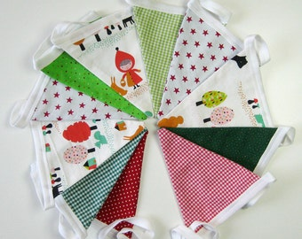 Pennant Garland fairy girl with Cap green red