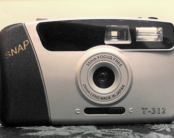 Snap T-312 35mm Point & Shoot
