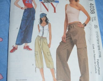 McCall 4038 Junior's Skirt and Pants in Two Lengths Sewing Pattern - UNCUT - Size 11/12  13/14 15/16 17/18