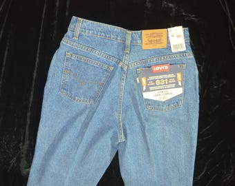 Vintage Deadstock Womens Levis 631 High Waisted Slim Fitting Mom Jeans - Size 30