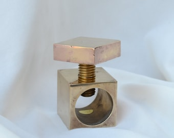 Brass thumbscrew