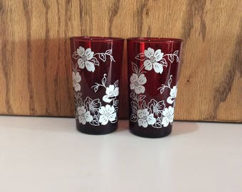 Royal Ruby White Dogwoods set Of 2 Vintage 10 Ounce Flat Tumblers by Anchor Hocking AHC96 Red Drinking Glass She Shed Red Barware