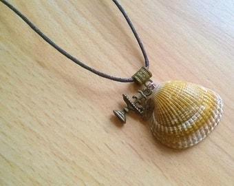 Shell Necklace - Bird