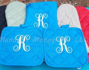 Monogrammed Oven Mitt and Potholder, Personalized Oven Mitt and Potholder, Monogrammed Oven Mitt, Oven Mitt, Potholder