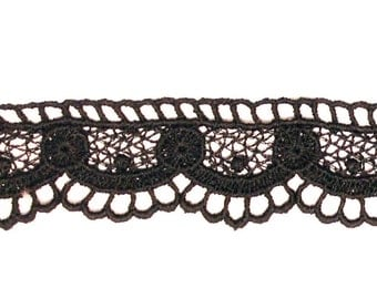 Vintage style Organic Cotton Lace Trim crafted in Europe