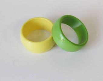 Green bracelet, yellow bracelet, plastic bracelet, vintage cuff, vintage jewelery, vintage accessory, plastic cuff, vintage bracelet