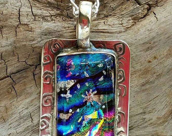 Ashes in Glass Northern Lights Memorial Pendant in Silver, Pet Memorial, Cremation Jewelry