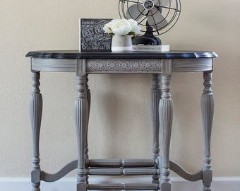 Vintage Console Table/Radio Table, Chalk Paint Furniture, Annie Sloan Painted Furniture, Annie Sloan Graphite, Annie Sloan French Linen