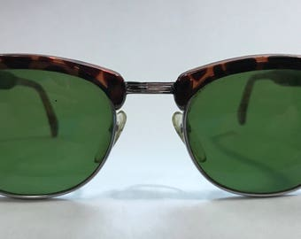 20% OFF | 1990's | Vintage Sunglasses | Brown & Black