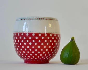 Red and white polka dot ceramic Cup