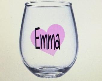 Bridesmaid wine glass. Bridesmaid wine glasses. Asking to be bridesmaid. Bridal party wine glasses. Bridal party gifts. Bridesmaid ask gift