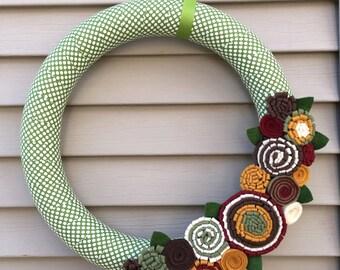 Fall Wreath, Autumn Wreath, Thanksgiving Wreath, Fall Felt Wreath, Felt Wreath, Polka Dot Wreath, Christmas Wreath, Holiday Wreath,polka dot