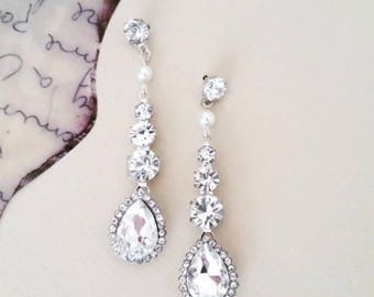Crystal Earrings Art Deco Wedding Drop Earrings Tear Drop Bridal Earrings Wedding Jewelry for Brides Pearl Crystal Earrings Cubic Zirconia