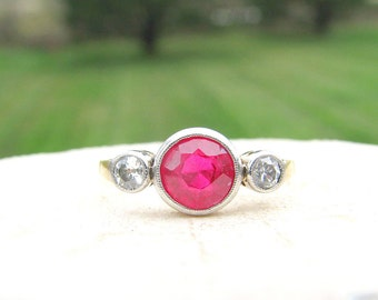 Art Deco Ruby Diamond Ring, Elegant Three Stone Engagement Ring with Old Cut Diamonds, 18k Gold and Platinum, Trilogy Ring